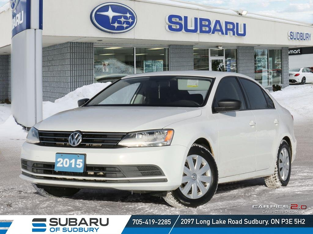 Pre-Owned 2015 Volkswagen Jetta Tredline PLUS - MANUAL TRANSMITION - BACK UP CAM - HEATED SEATS